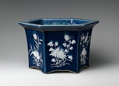 Jardiniere  Date:     1700–1800 Geography:     China Culture:     Chinese Medium:     Porcelain