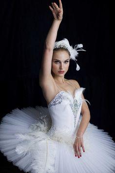 Natalie Portman - Black Swan pinned with Bazaart