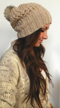 """Cute"" beanies hair styles are growing on me. My Hairstyle, Pretty Hairstyles, Winter Hairstyles, Latest Hairstyles, Curly Hairstyles, Wedding Hairstyles, Look Fashion, Fashion Beauty, Fashion Hats"