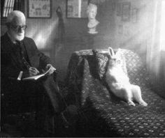 sigmund freud and patient Herr Lapin Sigmund Freud, Dr Freud, Michael Sowa, Charles Darwin, Salvador Dali, Somebunny Loves You, Karl Marx, Were All Mad Here, Friedrich Nietzsche