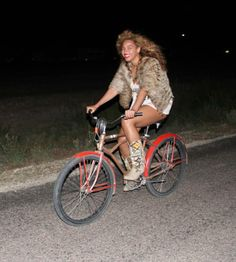 Beyonce. ride that style. #bicycle