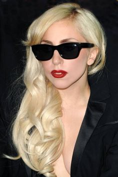 Classic red lipstick spotted on Lady Gaga