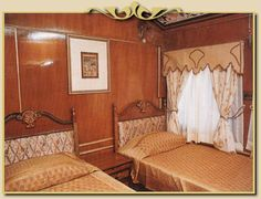 Luxury tran travel, India - Twin-bedded Salon.   Link has back ground information.     One day I will ride train in style like this.    sas