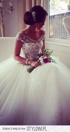 princess wedding dress.. I am not one for sleeves but I absolutely love this…