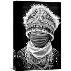 """Global Gallery 'HMong' by John Moulds Photographic Print on Wrapped Canvas Size: 22"""" H x 14.7"""" W x 1.5"""" D"""