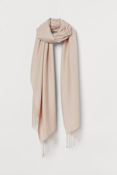 Scarf in soft woven fabric with fringe at short sides. Gift Card Shop, Woven Scarves, H&m Gifts, Music Gifts, Beige, Fashion Company, Back To Black, Autumn Winter Fashion, Winter Style