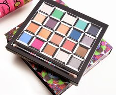 Urban Decay Alice Through the Looking Glass Eyeshadow Palette Review, Photos, Swatches