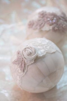 DIY: Styrofoam Balls Covered in Lace and a Flower for a Decorative, Shabby Touch.