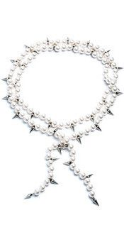 Linda Spike Lariat in Pearl/Silver