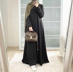 Modest Fashion Hijab, Niqab Fashion, Casual Hijab Outfit, Muslim Fashion, Modest Outfits, Stylish Outfits, Fashion Outfits, Hijab Dress, Abaya Noir