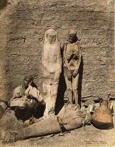 """Egitto. 1870. Cuando se podía comprar el Antiguo Egipto en el """"top manta"""""""