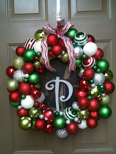 Christmas ornament wreath See other ideas at West Tremont #Holiday Market in #Charlotte. https://www.facebook.com/WestTremontHolidayMarket