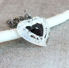 Vintage Heart     Necklace    Swarovski Crystal  by Hildes on Etsy