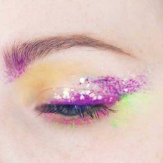 #makeupfeed #makeupofinstagram#theartistedit #abhprsearch#ltkbeauty #seattle_igers #muamafia#runwaymakeup#hoodedeyesmakeup#seattlemakeupartist #abhjunkiess#unleashyourinnerartist #pnwblogger#seattlebloggers #Seattleinfluencer#seattleinfluencer#seattlebloggerbabes#beautycommunity #eotd#brian_champagne #wingedliner#makegirlz #liketkit #anastasiabrows#makeupartistworldwide #suvabeauty#glossier #glossierplay#makeupforever #benefitcosmetics