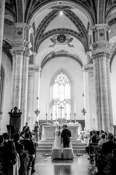 An amazing wedding in the heart of the Tuscan hills planned by VB Events Best Wedding Planner, Destination Wedding Planner, Luxury Wedding, Dream Wedding, Italy Wedding, Post Wedding, Event Planning, Barcelona Cathedral