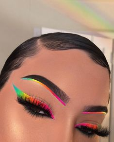 creative eye makeup Thank you for One of the major inspirations for our brand! makeupbyriquelle Heres some inspiration for the makeup Challenge we Makeup Eye Looks, Eye Makeup Art, Crazy Makeup, Skin Makeup, Makeup Inspo, Eyeshadow Makeup, Makeup Ideas, Fairy Makeup, Mermaid Makeup