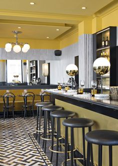 Inside a Parisian Art Deco-inspired restaurant designed by France's coolest in. Inside a Parisian Art Deco-inspired restaurant designed by France's coolest interior designer - Vogue Australia Decoration Restaurant, Deco Restaurant, Luxury Restaurant, Restaurant Interior Design, Restaurant Lighting, White Restaurant, Pub Decor, Modern Restaurant, Restaurant Furniture