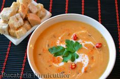 Supa Crema de Linte My Favorite Food, Favorite Recipes, Healthy Baking, Thai Red Curry, Supe, Food And Drink, Ethnic Recipes, Cupcake, Salads