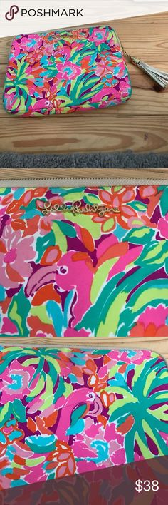 Lilly Pulitzer I pad case! Fun, bright, Lilly Pulitzer I Pad case! In great condition! A little pen mark on the back that is shown in the pictures! A lot of storage pockets inside and great to bring to work or class! Lilly Pulitzer Accessories Tablet Cases