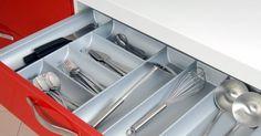 Aprenda como organizar as gavetas da cozinha