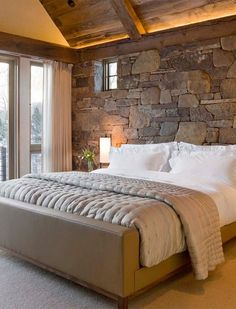 Rustic Look for Your Bedroom #rustic #bedroom #rusticbedroom