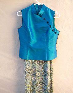 Asian blouse 90s Cheongsam top / aqua blue SILK von dahlilafound