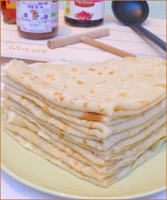 Crêpes sans oeuf ni lait (vegan) Organic art Organic before and after Organic benefits Organic recipes Organic sign Gluten Free Recipes For Dinner, Vegan Dessert Recipes, Healthy Breakfast Recipes, Beurre Vegan, Lait Vegan, Vegan Crepes, Vegan Pancakes, Crepe Vegan, Gateaux Vegan