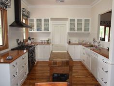 Timber benchtops in kitchen (n/h) - maybe pics - Page 2 - Eques Forum