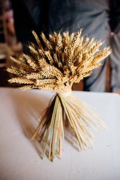 Oh I do miss a spot of crochet. Wheat Flower, Wedding Updo, Crochet Flowers, Flower Decorations, Wedding Planning, Wedding Ideas, Flower Arrangements, Whimsical, Wedding Flowers