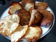 TUILES AUX AMANDES SANS OEUF Biscuits, French Toast, Cheese, Snacks, Meat, Breakfast, Desserts, Food, Cashew Milk