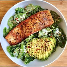 Healthy recipes on salmon caeser salad by sara haven sara haven what you see baby kale tossed in caesar dressing seared crispy salmon my favorite healthy chicken alfredo paleo dairy free Healthy Recipes, Healthy Meal Prep, Healthy Snacks, Healthy Eating, Cooking Recipes, Easy Recipes, Keto Recipes, Sausage Recipes, Diet Snacks