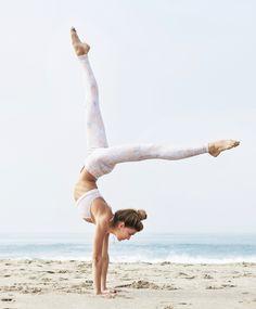 incredible Sjana Elise Earp in Peach Python http://www.aloyoga.com/w5374sr-airbrush-legging-print