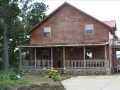 Twin Pines Lodge - Mountain View - $215 per night - Sleeps 10