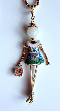 The Girl with the Azulejo Dress - Cute Pendant of Portuguese Tile! // Portugal Antique by Atrio