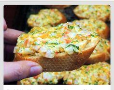 Cheesy Shrimp Crostini #Food #Drink #Trusper #Tip