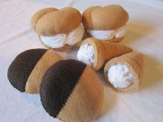 Hey, I found this really awesome Etsy listing at https://www.etsy.com/listing/117990142/felt-food-bakery-shop-set