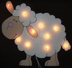 Sheep Crafts, Wood Crafts, Diy And Crafts, Animal Room, Lamb Nursery, Eid Cards, Felt Christmas Ornaments, Lampe Led, Wooden Gifts