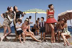 DOLCE GABBANA    Fotoğraf: Domenico Dolce, Stefano Gabbana      Modeller: Bianca Balti, Bianca Brandolini, Kate King, Zuzanna Bijoch, Monica Belluci