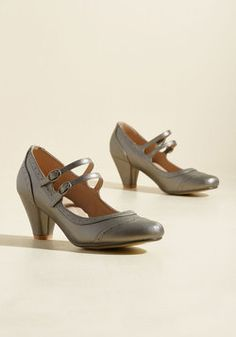 To Shoe It May Concern Mary Jane Heel in Pewter