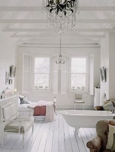 Chandelier Love ♥ Open Space Living