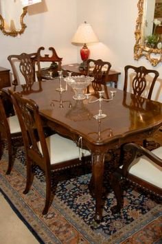 8 henredon 18th century collection mahogany chairs - 2 arms & 6, Esstisch ideennn