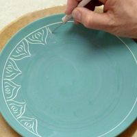 scratching-through-underglaze...lots of ideas for decorating pottery at all stages of production