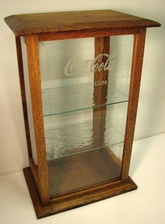 Especially for (oliviawolfe) Antique Style OAK and Etched Glass Display Case… Glass Display Case, Display Cases, Vintage Coke, Upcycled Vintage, Coca Cola Decor, Coca Cola Kitchen, Always Coca Cola, Coca Cola Bottles, Pepsi