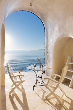 Perivolas Hideaway in Santorini, Greece Greek Islands To Visit, Best Greek Islands, Greek Islands Vacation, Greece Islands, Places To Travel, Travel Destinations, Places To Visit, Vacation Ideas, Cavo Tagoo Mykonos