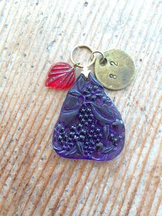 Beautiful carved vintage glass pendant