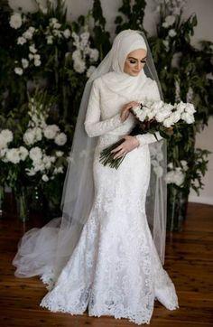 New photography wedding dress mariage ideas Muslim Wedding Gown, Malay Wedding Dress, Hijabi Wedding, Wedding Hijab Styles, Muslimah Wedding Dress, Muslim Wedding Dresses, Classic Wedding Dress, Bridal Dresses, Wedding Gowns