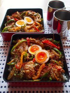 Grilled Pork Bento 豚丼弁当