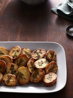 Herb-Roasted Potatoes #thanksgiving #sides #family #holidays