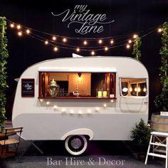 22 ideas for vintage food truck design mobile bar Vintage Caravans, Vintage Trailers, Vintage Airstream, Vintage Campers, Vintage Trucks, Food Trucks, Foodtrucks Ideas, Coffee Food Truck, Caravan Bar