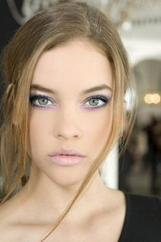 14 Makeup Trends to Be More Gorgeous in 2017  - Women always care about their appearance and want to be more gorgeous. For this reason, there are too many products that are especially made for them ... -  radiant-complexion .